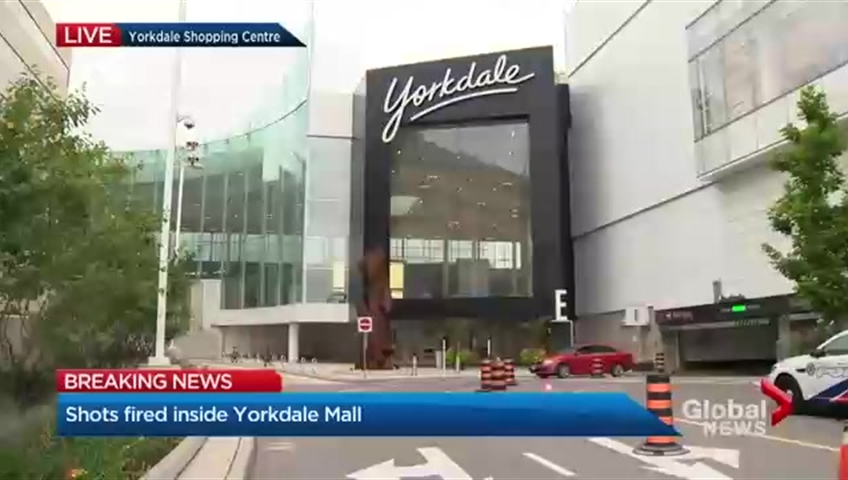7fc0e158ca Yorkdale Shopping Centre closed after shots fired during altercation  between two groups