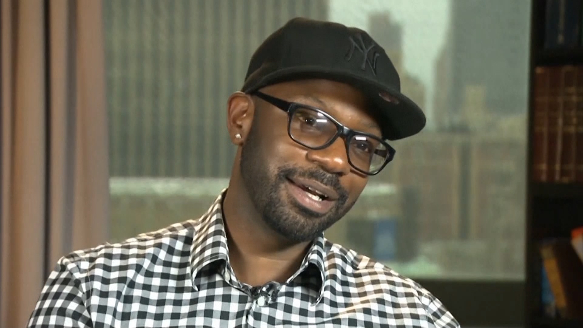 Nelsan Ellis Of True Blood Talks About What Its Like Playing