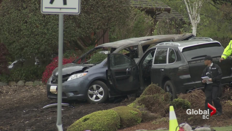 Fatal crash at Peace Arch Border Crossing
