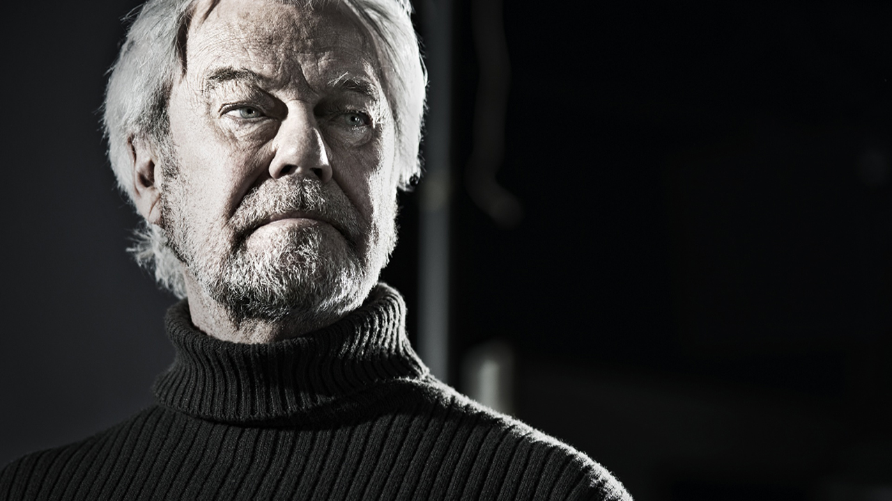 Watch Gordon Pinsent video
