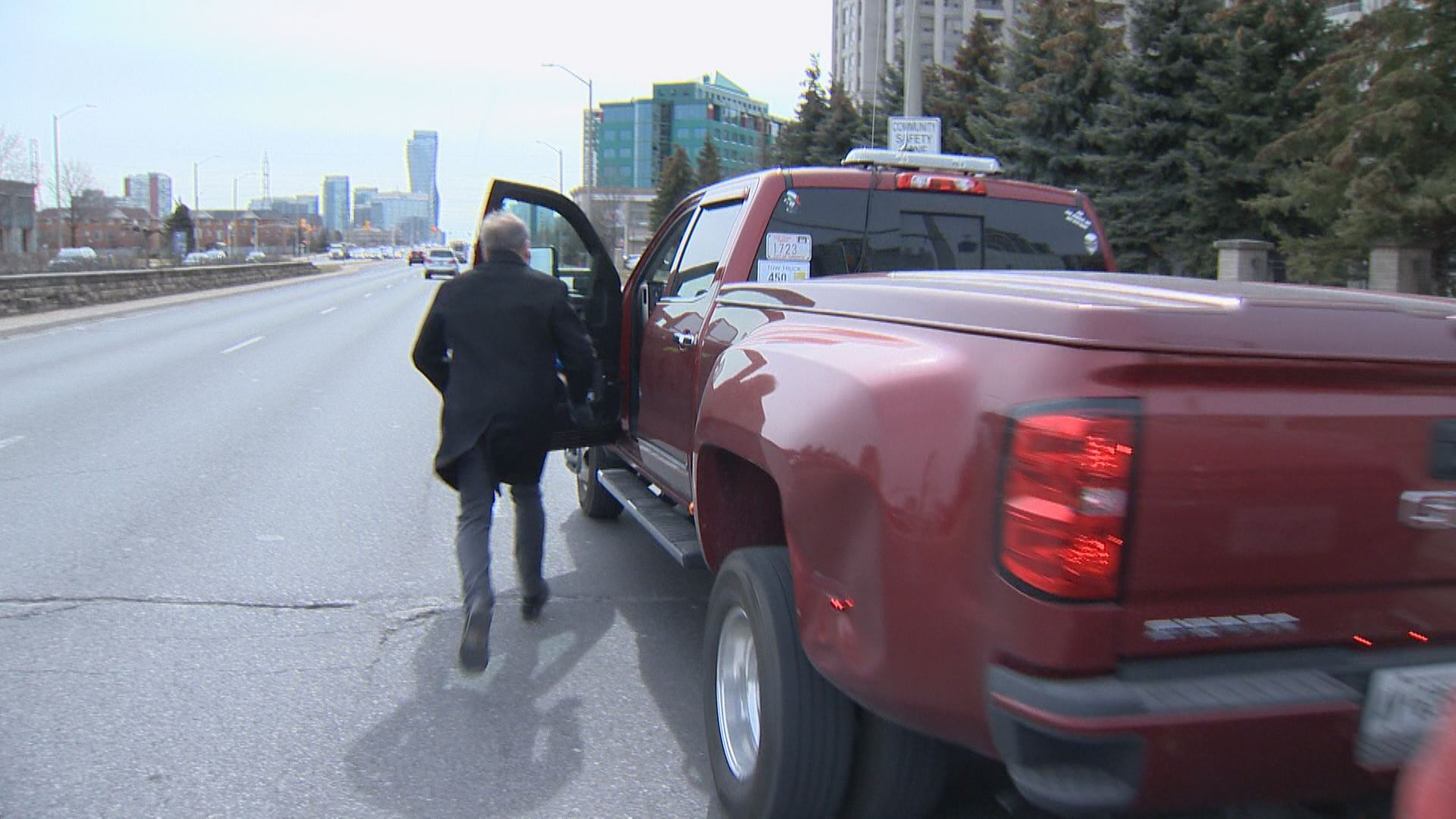 Tow Truck Driver Refuses To Give Toronto Man S Van Back Unless More Than 12k Paid Toronto Globalnews Ca
