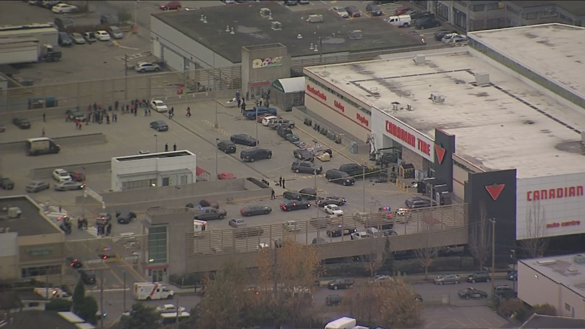 Police incident at canadian tire on grandview watch news videos online keyboard keysfo Images