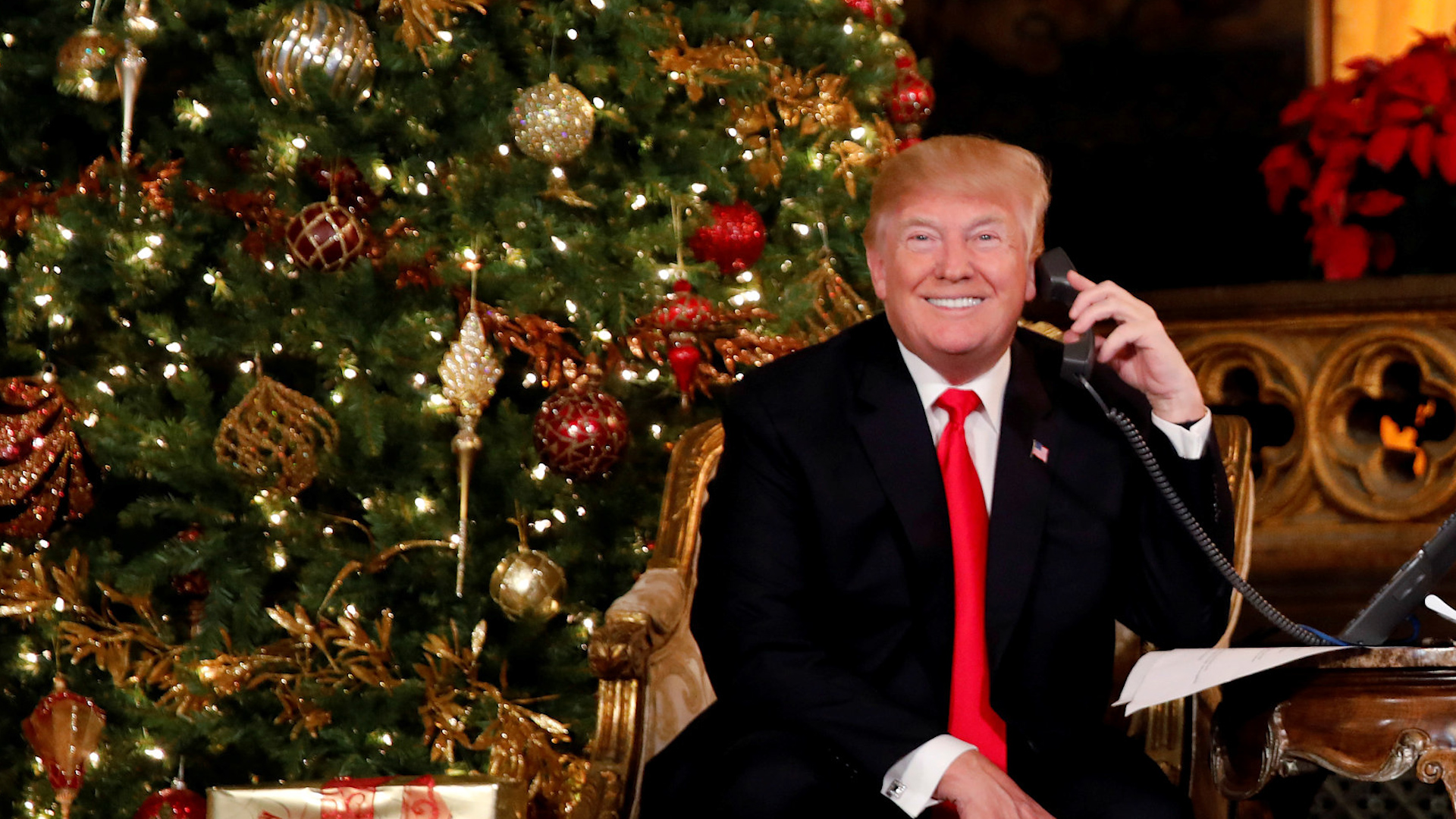 Trump Christmas.President Trump Takes Santa Calls From Children On A Gloomy Christmas Eve In D C