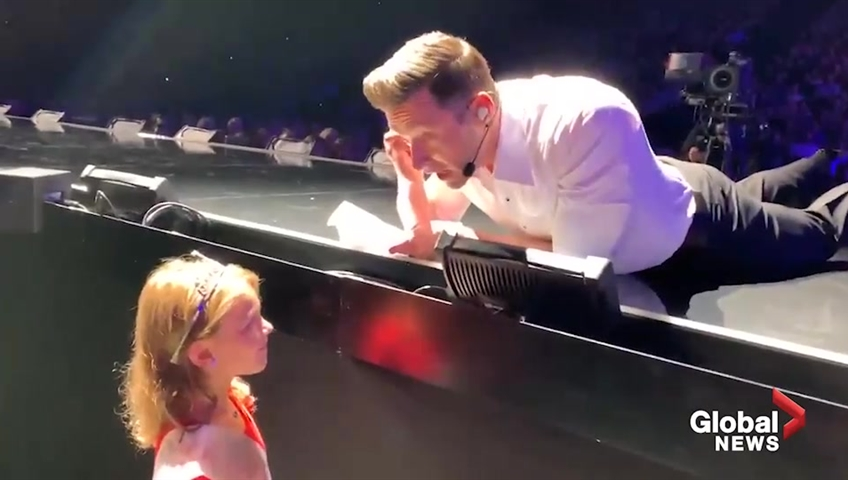 Hugh Jackman sings Happy Birthday to 7-year-old girl at Denver show