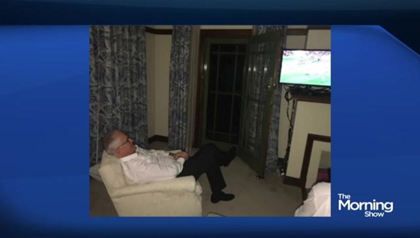 Man Cave Show Australia : Does australia s pm have the saddest man cave ever watch news